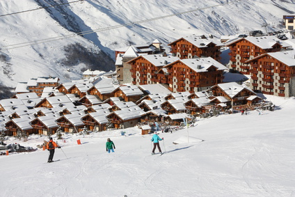 The french ski resort cheap ski holidays in the alps tourissues alpine ski resort val thorens is a perfect example of a french ski resort which has broadened its range of winter activities in order to appeal to a wider solutioingenieria Choice Image
